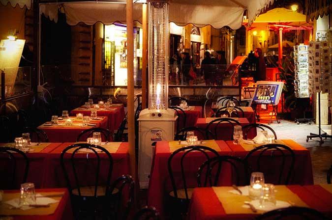 Ristorante pasquino a piazza navona for Piatti tipici della cucina romana